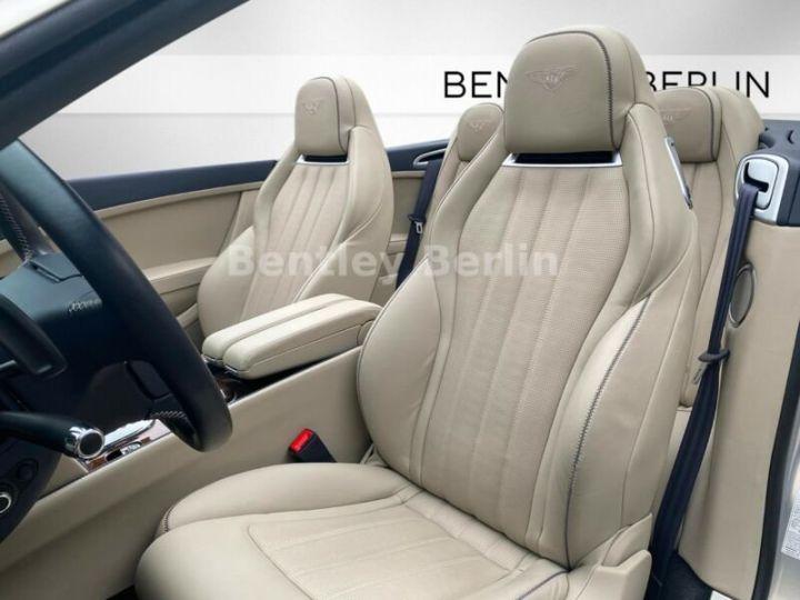 Bentley Continental GTC  4.0 V8 / 20000Kms  Argenté Peinture métallisée - 9