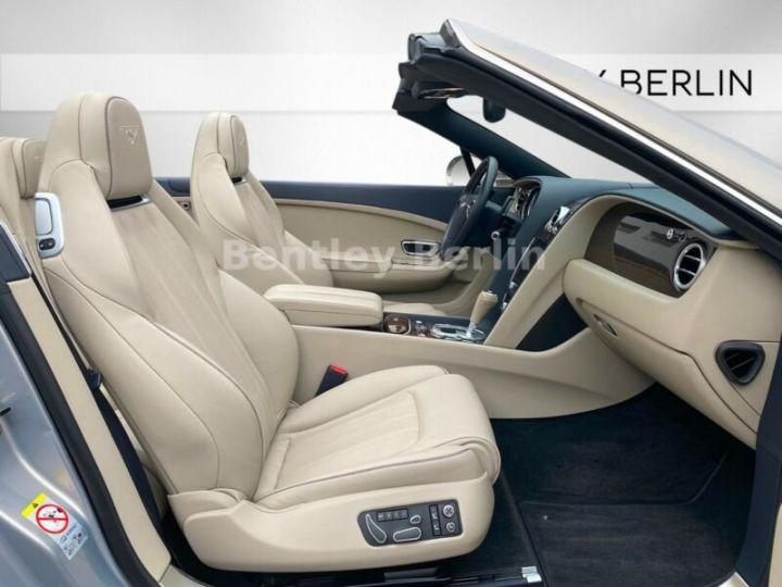 Bentley Continental GTC  4.0 V8 / 20000Kms  Argenté Peinture métallisée - 12