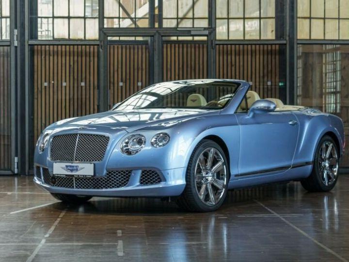 Bentley Continental GTC Cabriolet Bleu Peinture Métallisée - 1
