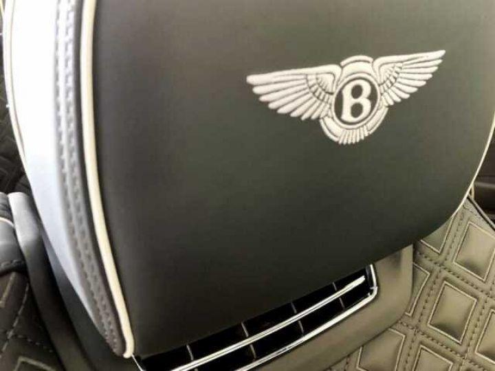 Bentley Continental GTC NEW Continental GTC BLACKLINE Specification Onyx Black métal - 11