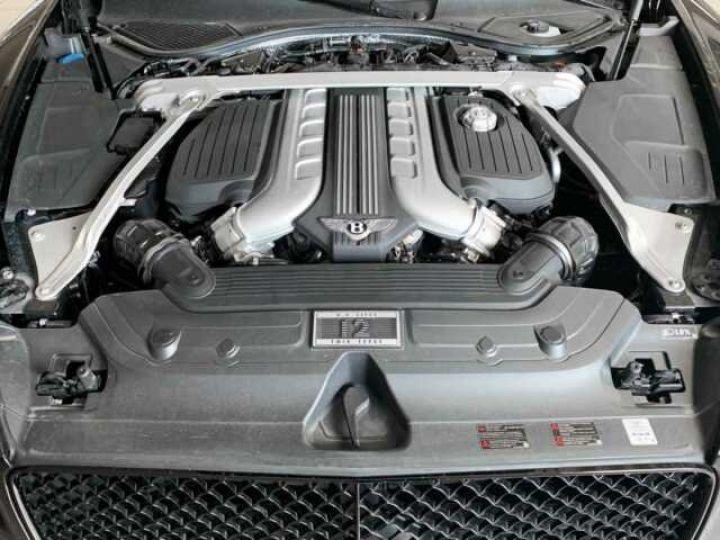 Bentley Continental GTC NEW Continental GTC BLACKLINE Specification Onyx Black métal - 13