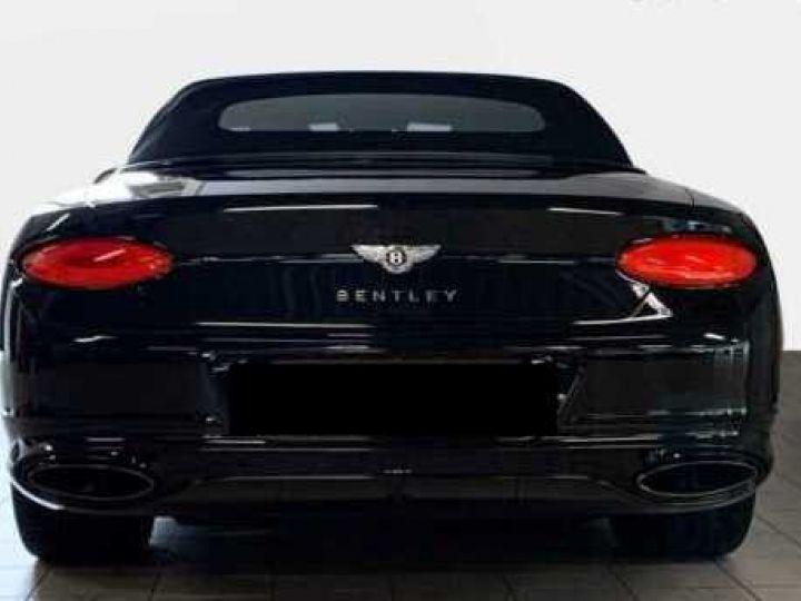 Bentley Continental GTC NEW Continental GTC BLACKLINE Specification Onyx Black métal - 16