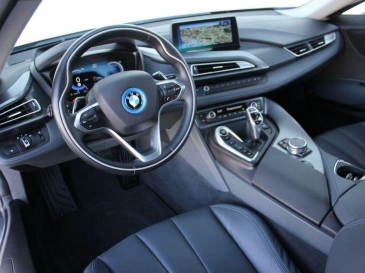 BMW i8 blanc - 6