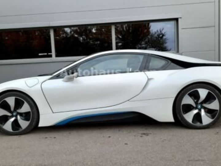 BMW i8 Caméra 360° / Affichage Tête haute / Phare LED / GPS / Garantie 12 mois Noir et blanc - 3