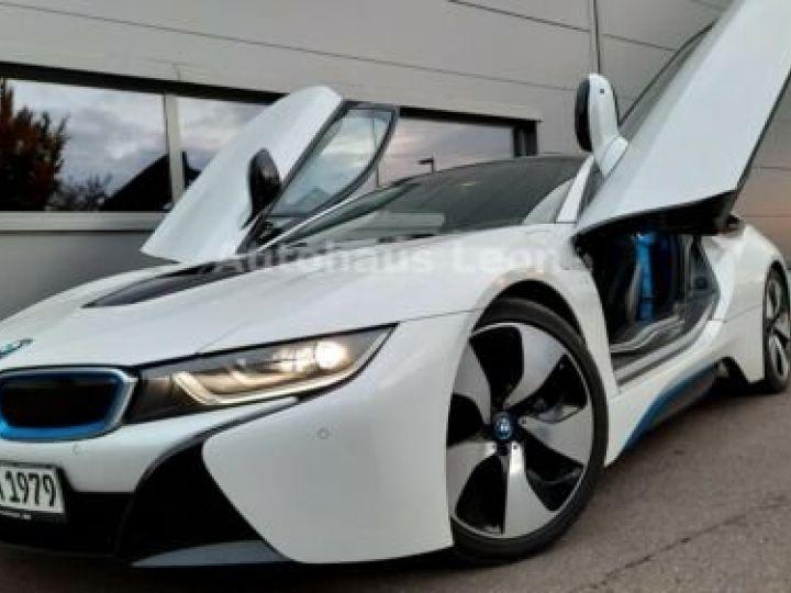 BMW i8 Caméra 360° / Affichage Tête haute / Phare LED / GPS / Garantie 12 mois Noir et blanc - 4