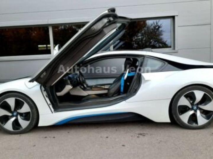 BMW i8 Caméra 360° / Affichage Tête haute / Phare LED / GPS / Garantie 12 mois Noir et blanc - 5