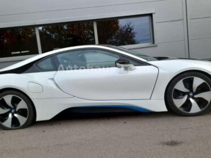 BMW i8 Caméra 360° / Affichage Tête haute / Phare LED / GPS / Garantie 12 mois Noir et blanc - 7