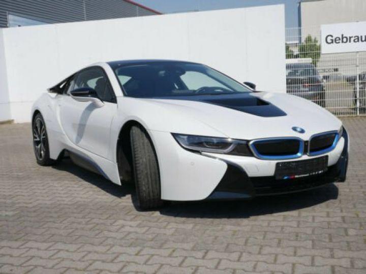 BMW i8 Coupé / ENCEINTE Harman/Kardon   AFFICHAGE Head-Up   GPS / BLUETOOTH / GARANTIE 12 MOIS  Noir et blanc - 1