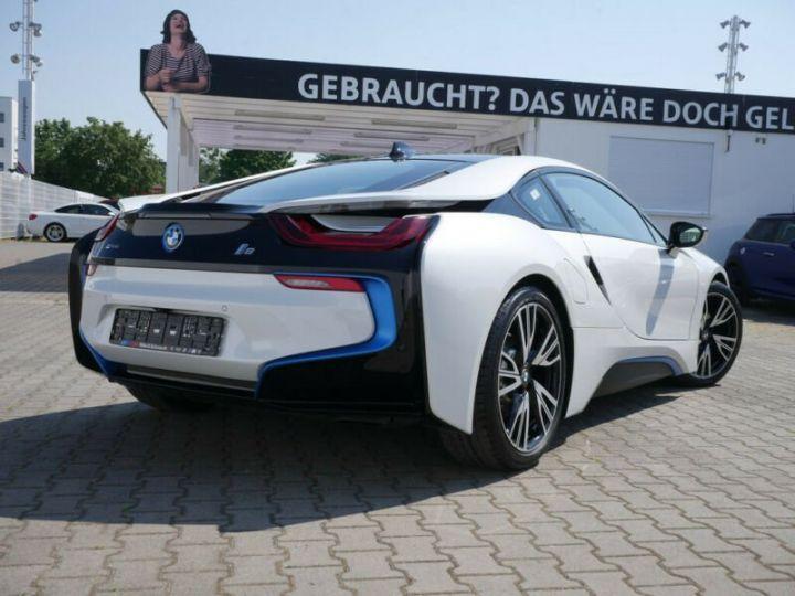 BMW i8 Coupé / ENCEINTE Harman/Kardon   AFFICHAGE Head-Up   GPS / BLUETOOTH / GARANTIE 12 MOIS  Noir et blanc - 2