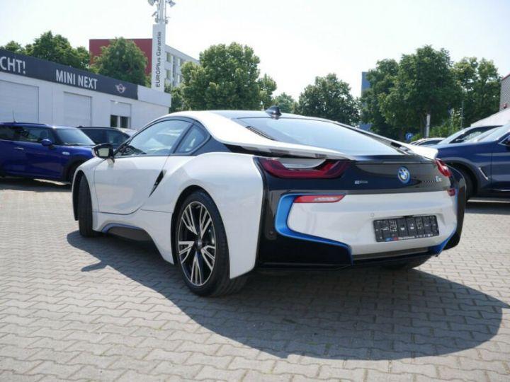 BMW i8 Coupé / ENCEINTE Harman/Kardon   AFFICHAGE Head-Up   GPS / BLUETOOTH / GARANTIE 12 MOIS  Noir et blanc - 3