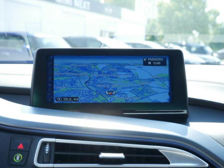 BMW i8 Coupé / ENCEINTE Harman/Kardon   AFFICHAGE Head-Up   GPS / BLUETOOTH / GARANTIE 12 MOIS  Noir et blanc - 10