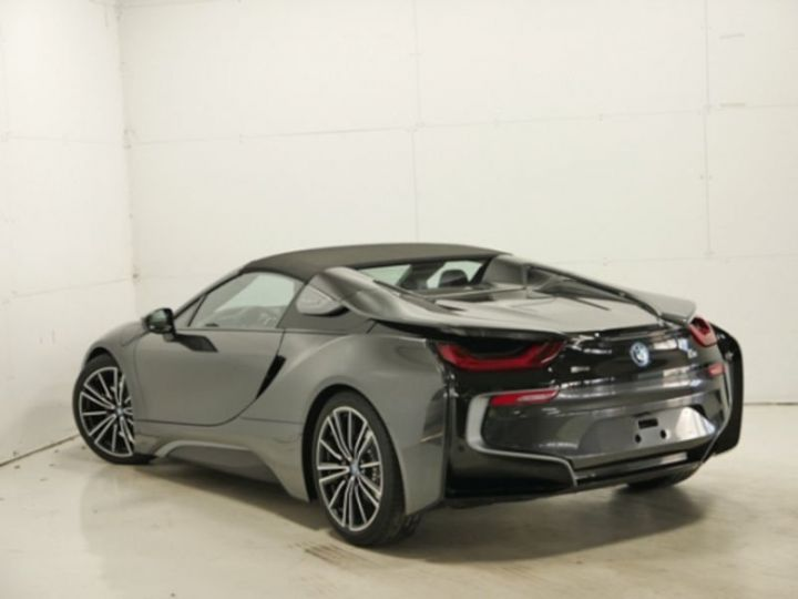BMW i8 ROADSTER FROZEN GREY GRIS Occasion - 2