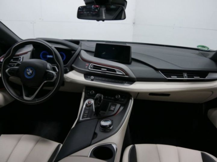 BMW i8 ROADSTER FROZEN GREY GRIS Occasion - 6