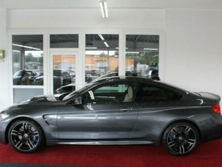 BMW M4 Gris métallisée  - 3