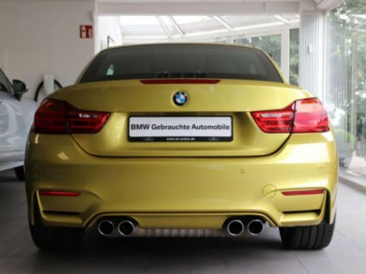 BMW M4 Moutarde  - 6