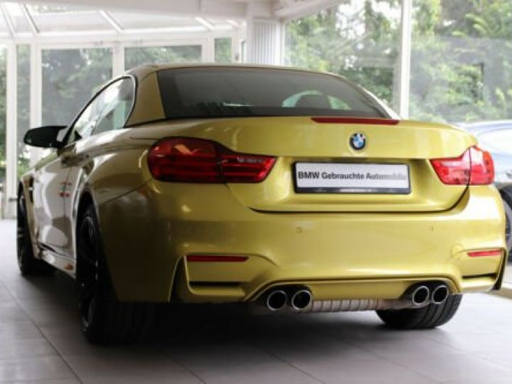 BMW M4 Moutarde  - 7