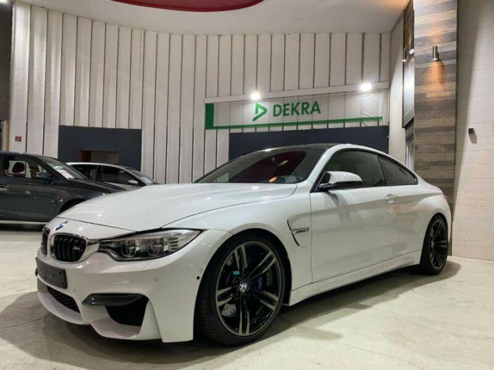 BMW M4 Coupé / Camera angle mort / Haut-Parleur KarmanK/ Carbon / Camera 360 Blanc - 1