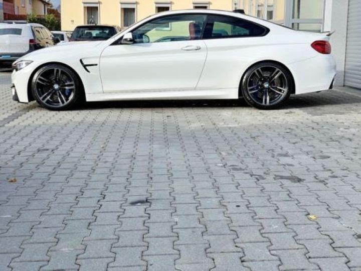 BMW M4 F82 3.0 431CH DKG BLANC Occasion - 4