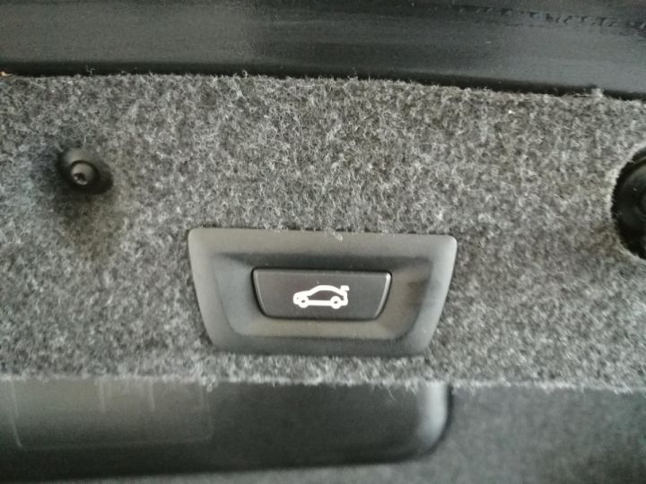 BMW M5 4.4 V8 560 CV DKG7 Noir - 18