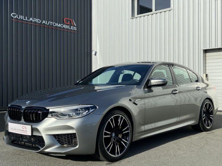 BMW M5 4.4 V8 BI-TURBO 600ch (F90) BVA8 GRIS - 1
