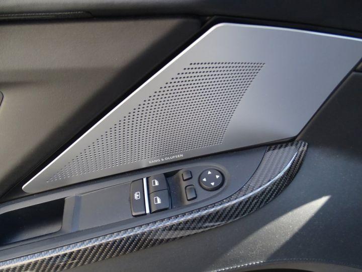BMW M6 Coupe DKG7 560PS Véhicule Français FULL Options Echappements AKRAPOVIC blanc nacré - 14