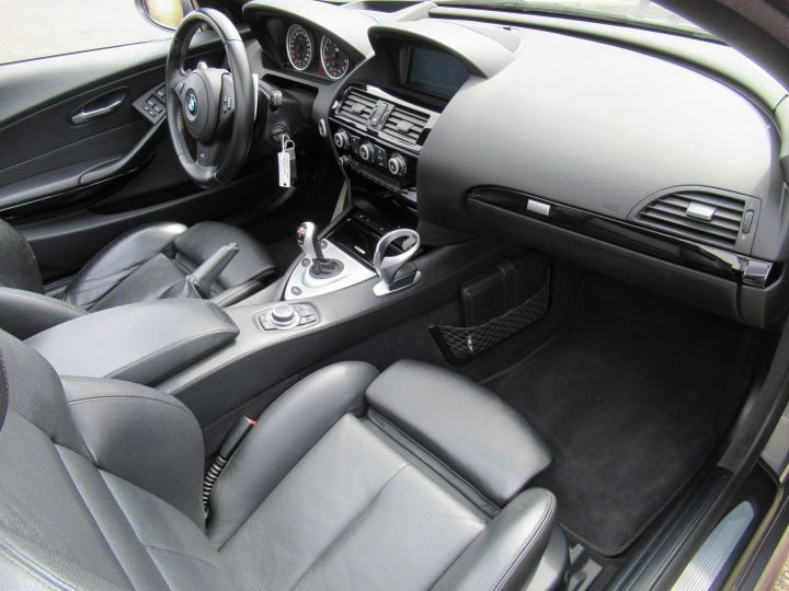 BMW M6 (E64) 507CH Gris Metalise - 4