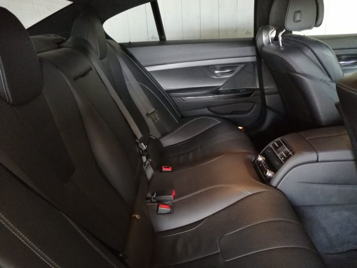 BMW M6 GRAN COUPE 4.4 V8 560 CV DKG7 Gris - 10