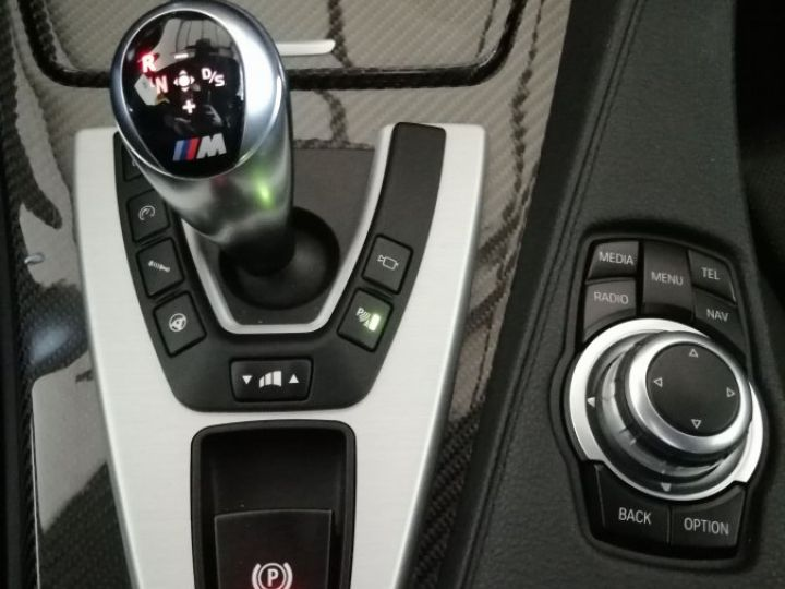 BMW M6 GRAN COUPE 4.4 V8 560 CV DKG7 Gris - 15
