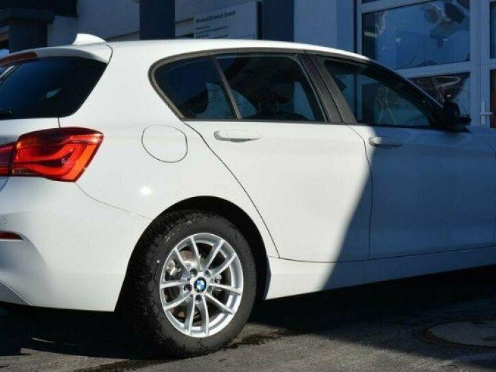 BMW Série 1 118i  1.5 136 ch Advantage (02/2018) blanc alpin - 4