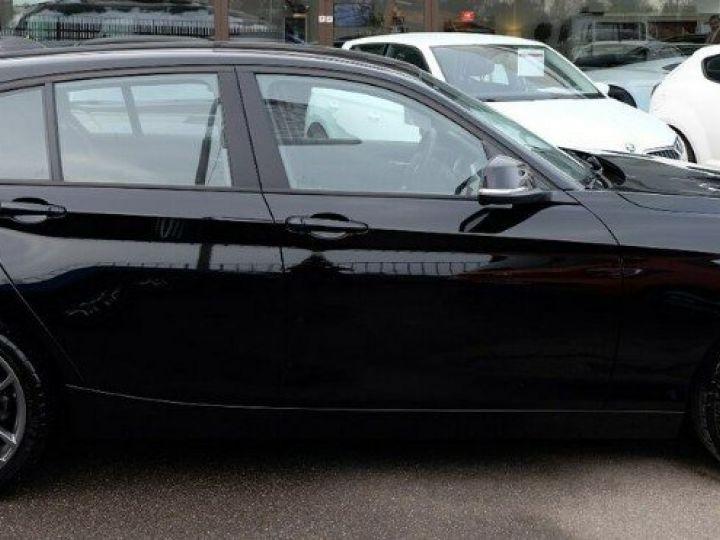 BMW Série 1 118i 1.5 136 sport (12/2017) noir métal - 2