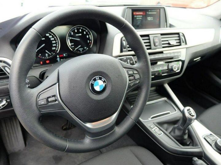 BMW Série 1 118i 1.5 136 sport (12/2017) noir métal - 11