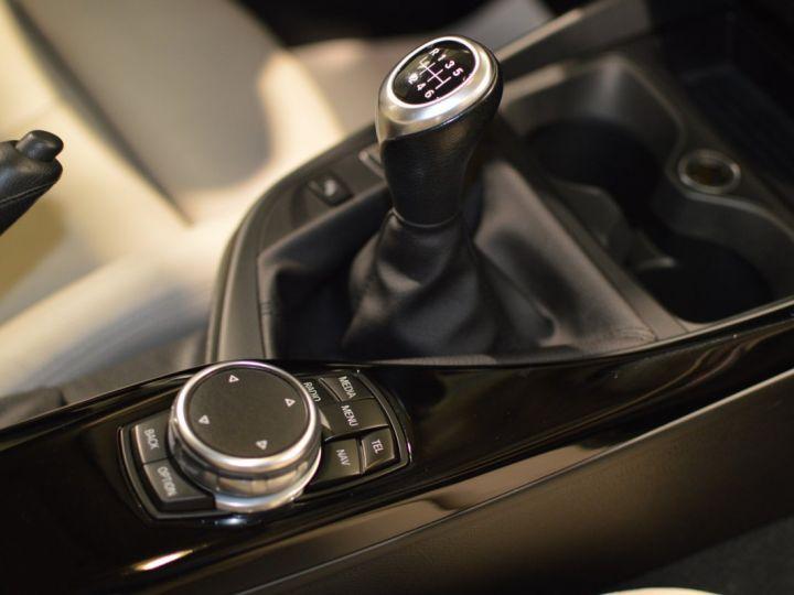 BMW Série 1 120D F20 LCI FINITION SPORT 2.0 190ch 1ERE MAIN GPS PRO CAMERA TOIT OUVRANT FULL LED... ENTR BMW GRIS GLACIER METAL - 11