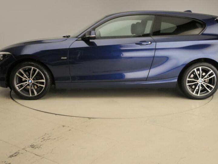 BMW Série 1 bleu nuit - 2