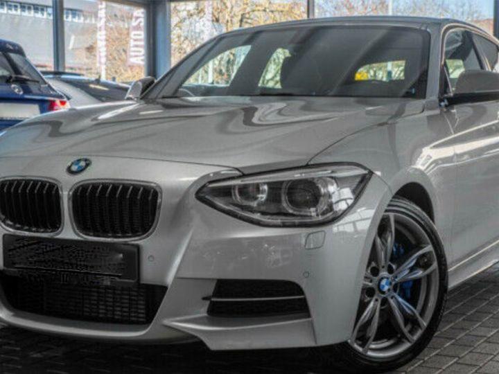 BMW Série 1 135I XDRIVE M PERFORMANCE 5P Gris métallisé - 1