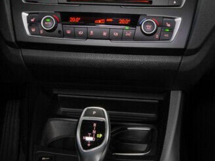BMW Série 1 135I XDRIVE M PERFORMANCE 5P Gris métallisé - 9