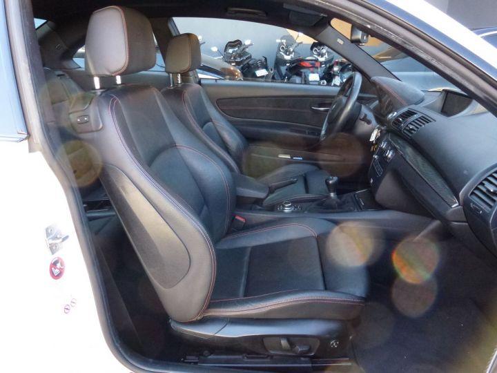 BMW Série 1 E82 COUPE M M1 3.0 340 CV SERIE LIMITEE 062/100 Blanc Alpin Occasion - 17
