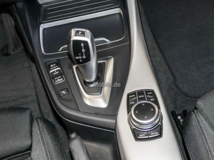BMW Série 1 # Edition M Sport Aut, 1ere Main Rouge Peinture métallisée - 10