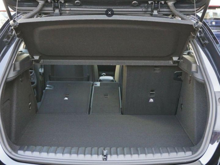 BMW Série 1 (F20) (2) 116D  LUXE BVA8 5 Portes 02/2020 noir métal - 12