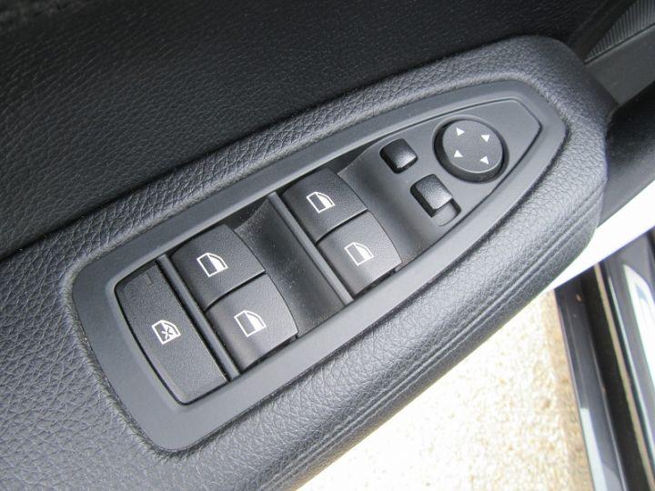 BMW Série 1 (F21/F20) 116D 116CH URBANCHIC 5P Noir Occasion - 15