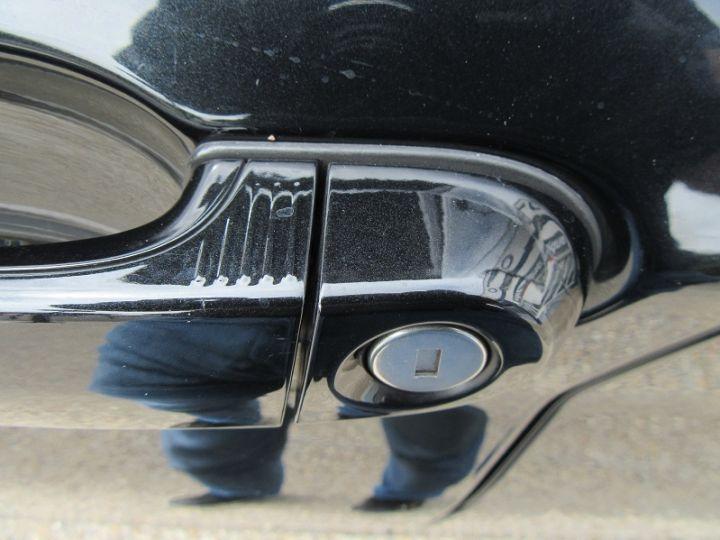 BMW Série 1 (F21/F20) 116D 116CH URBANCHIC 5P Noir Occasion - 16