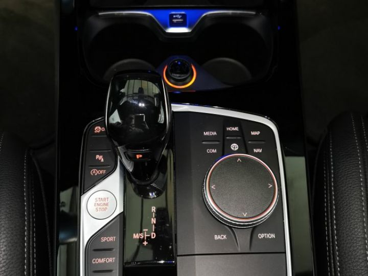 BMW Série 1 M135i 306 CV M PERFORMANCE XDRIVE BVA Gris - 13