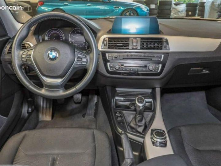 BMW Série 1 Serie 118d 5-Türer Advantage Noir - 4