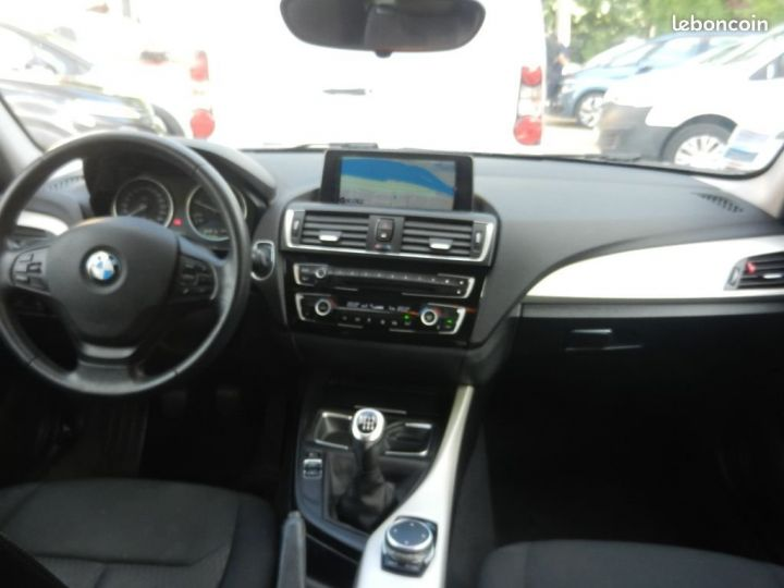 BMW Série 1 Serie (F20) LCI 116d Efficient Dynamics EDITION EXECUTIVE Noir - 3