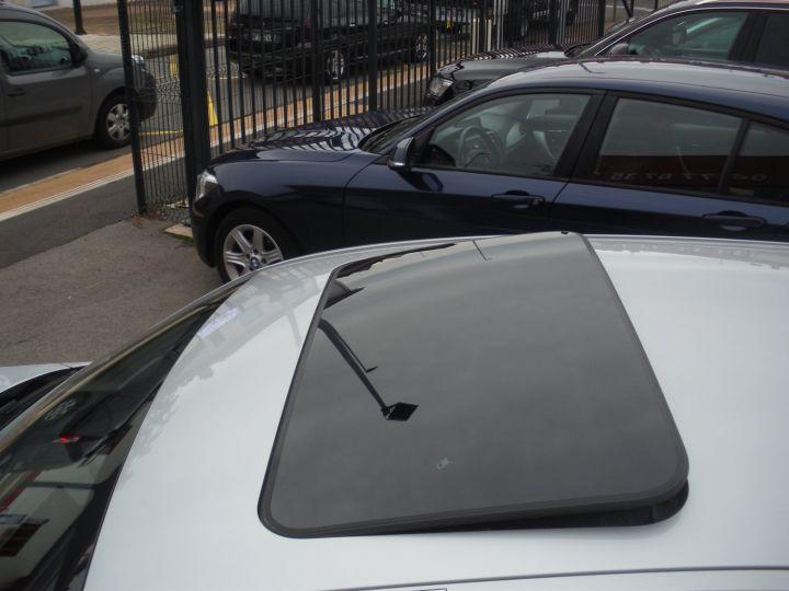 BMW Série 1 SERIE II 118D XD BUSINESS DESIGN gris - 4