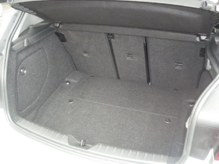 BMW Série 1 SERIE II 118D XD BUSINESS DESIGN gris - 8