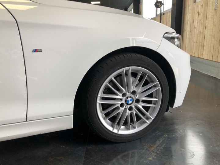 BMW Série 2 220i pack M BLANC - 10