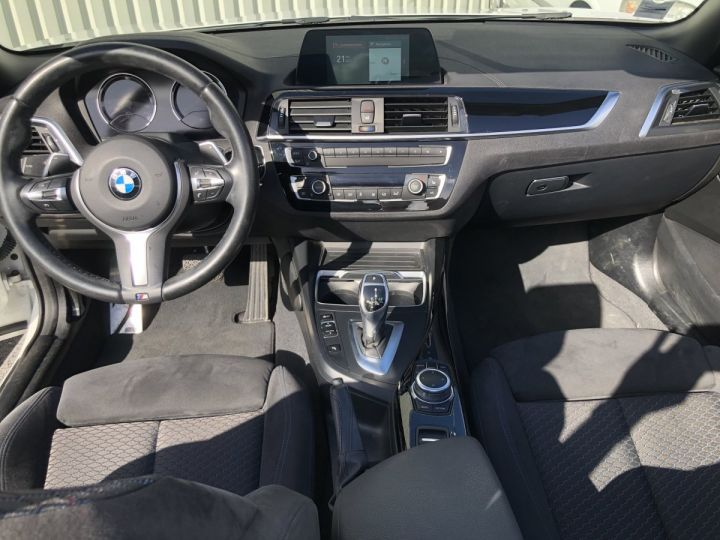 BMW Série 2 220i pack M BLANC - 11