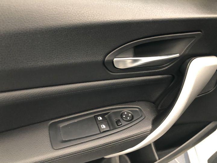 BMW Série 2 BMW M235I Blanc - 7