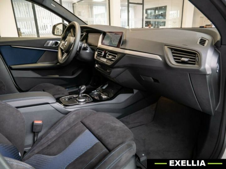 BMW Série 2 M235i Gran Coupé xDrive  BLANC PEINTURE METALISE  Occasion - 10