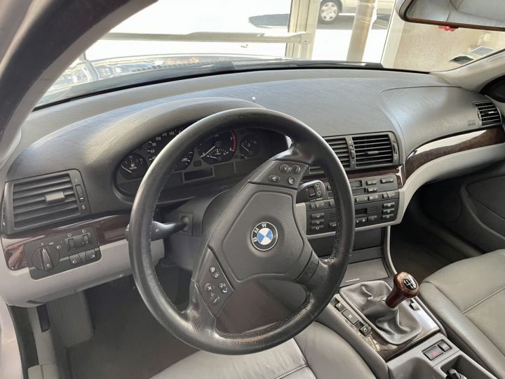 BMW Série 3 3 320 D 136cv Gris Clair - 6
